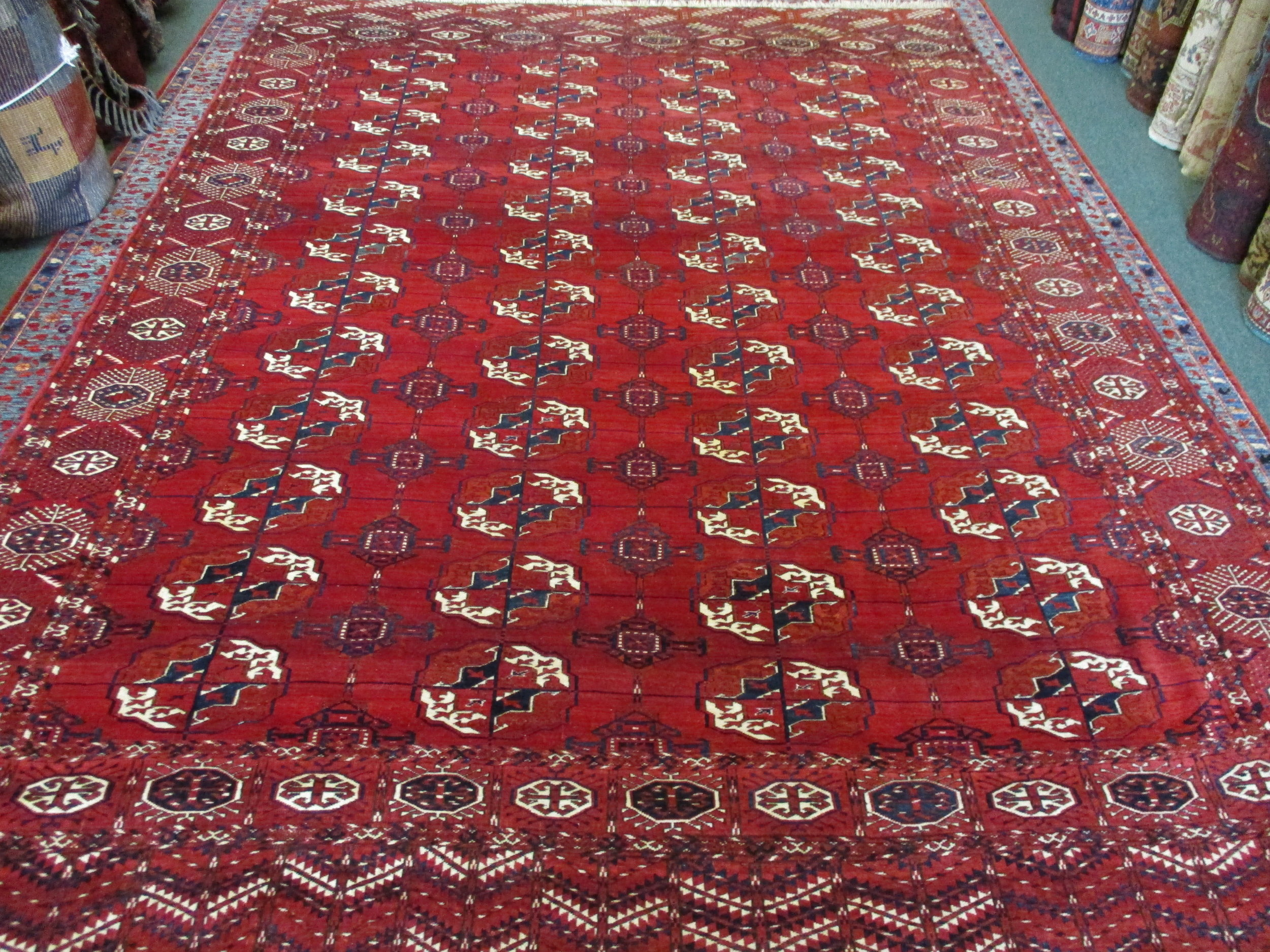 7 x 10 Stunning Antique Turkoman Rug. Excellent condition. 1st Q 20th Century.