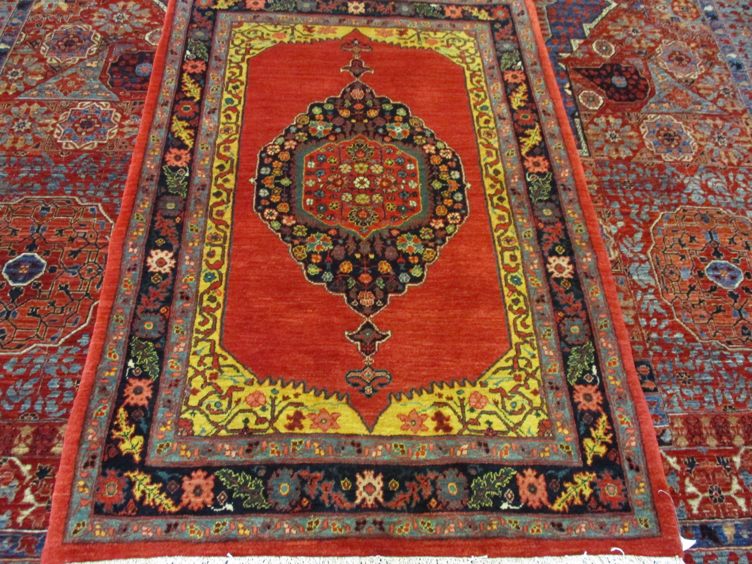 Beautiful-Bijar-rug-for-sale.JPG
