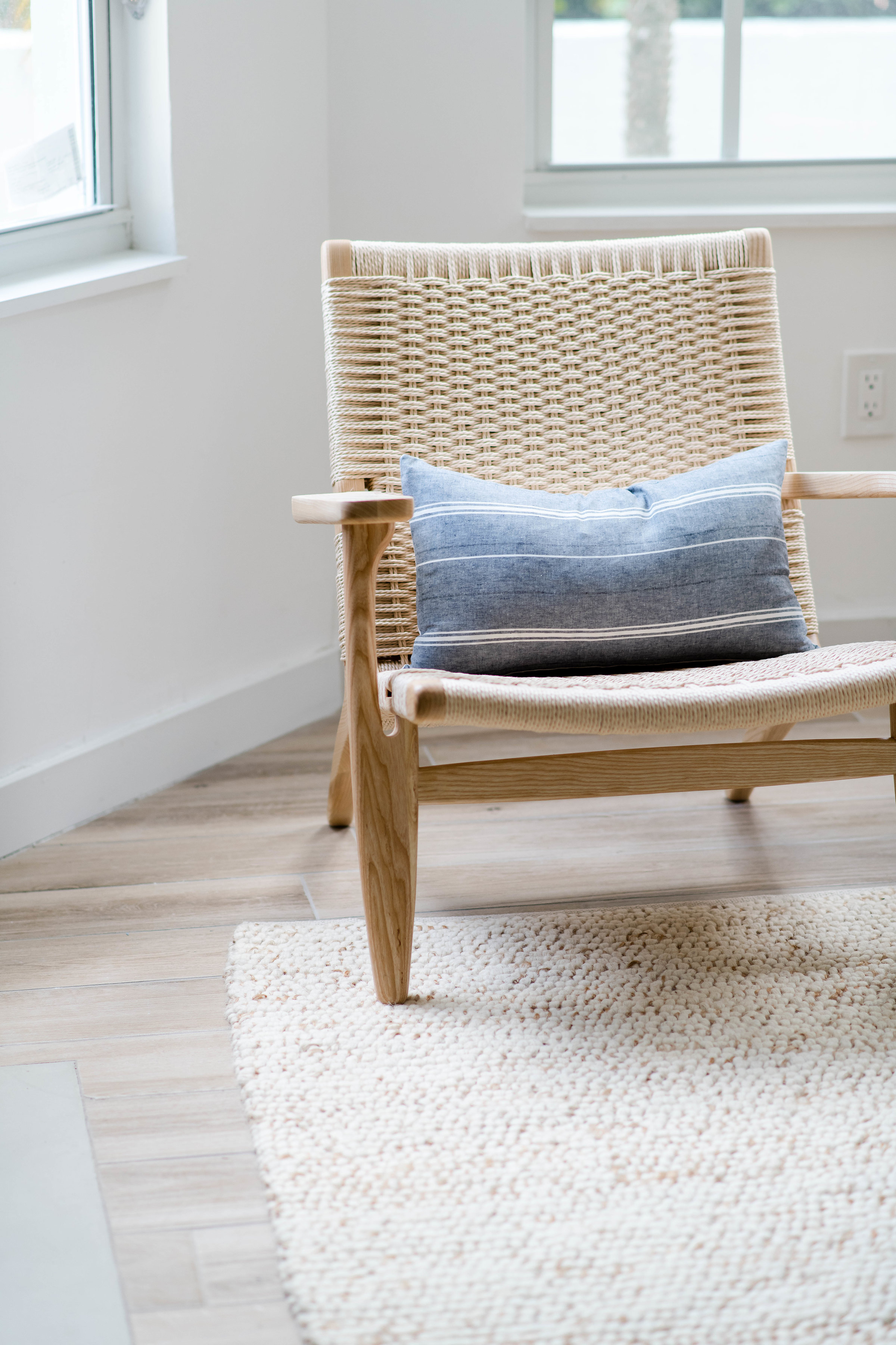 woven accent chairs - the habitat collective interior design - #projectpeachy