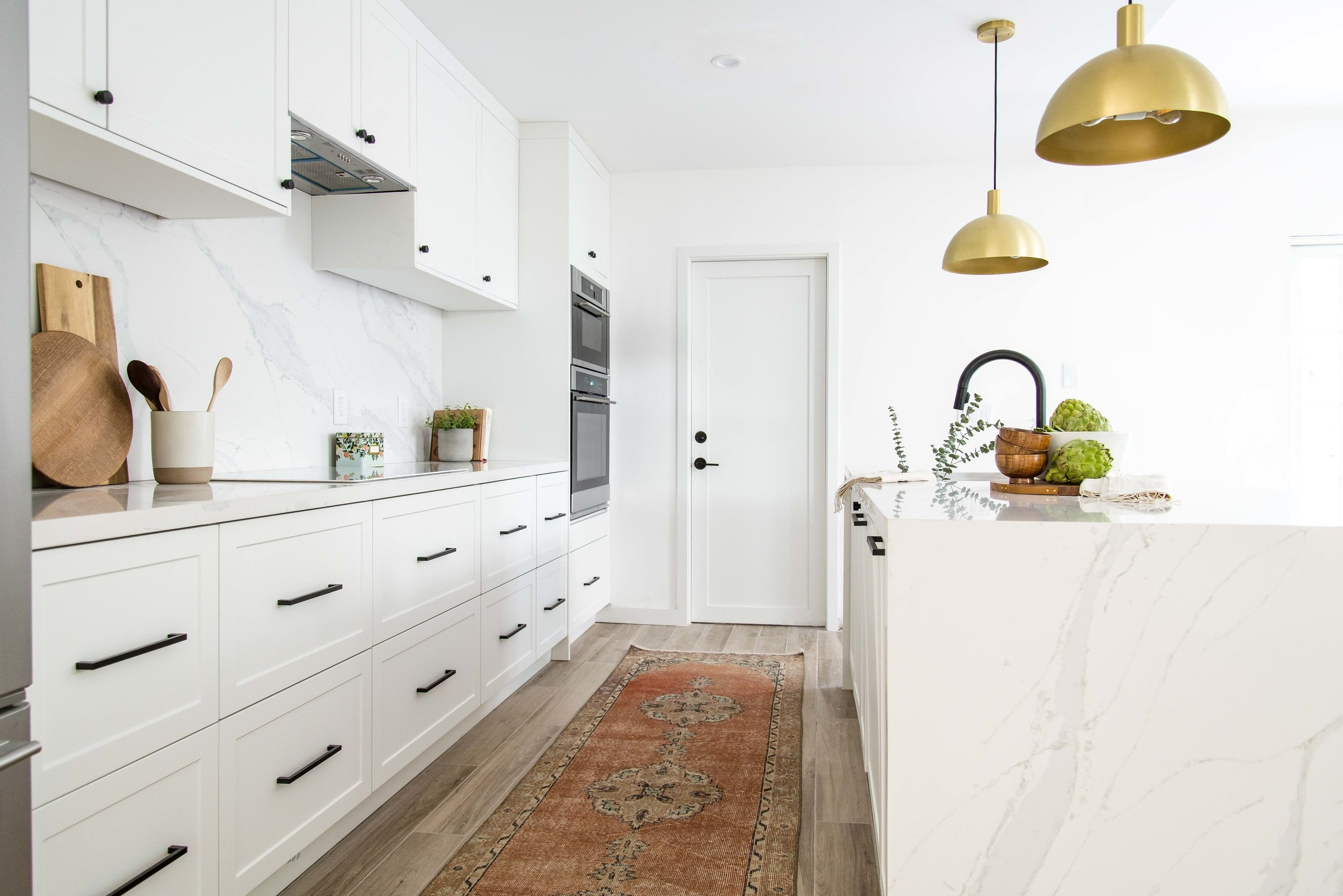 white kitchen with vintage runner - the habitat collective interior design - #projectpeachy