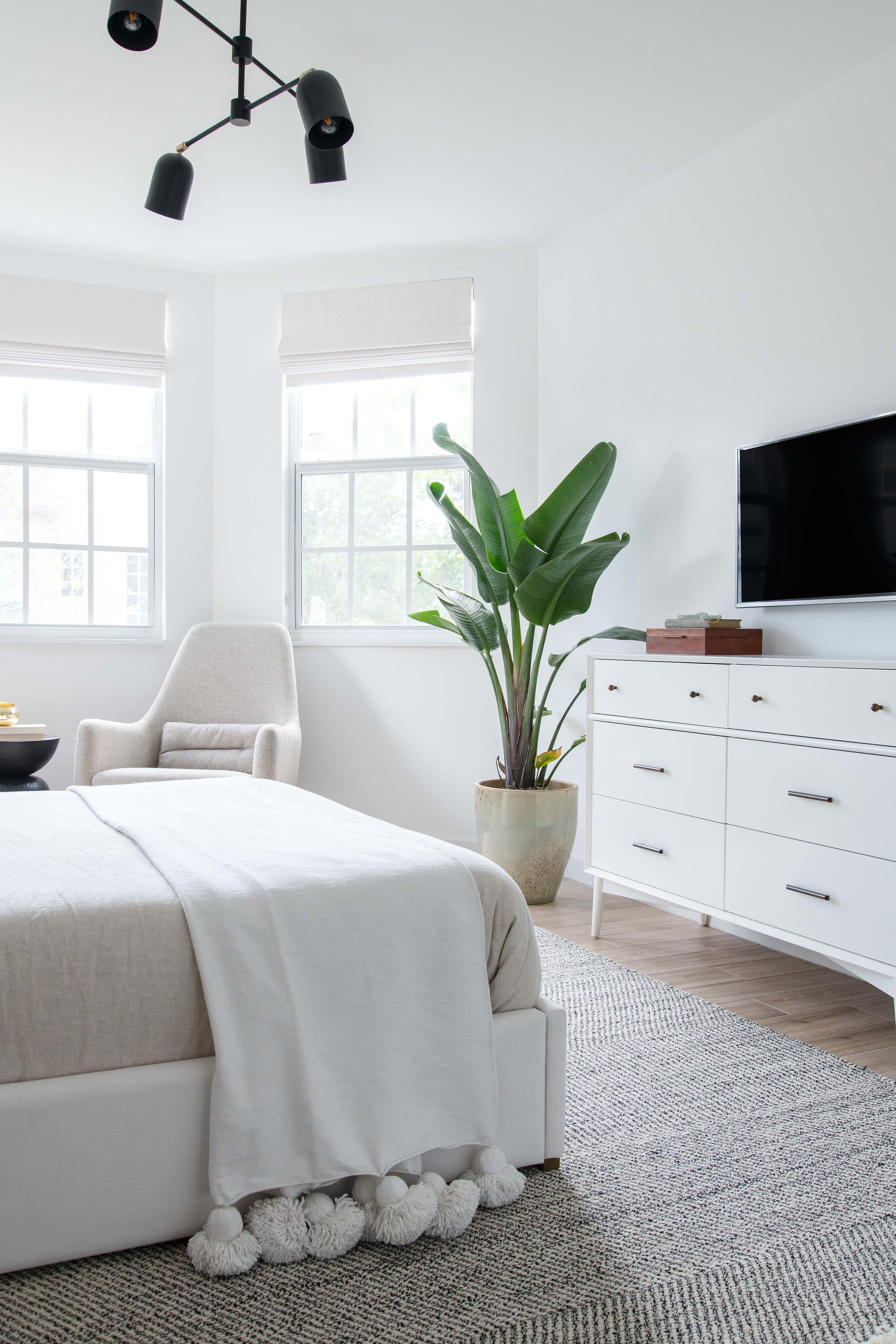 modern neutral master bedroom - the habitat collective interior design - #projectpeachy