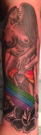 matt-lucci-tattoo-lesbians.jpg