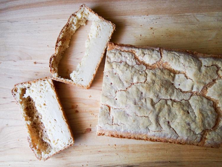Gluten-Free Vegan Sandwich Bread | vermilionroots.com