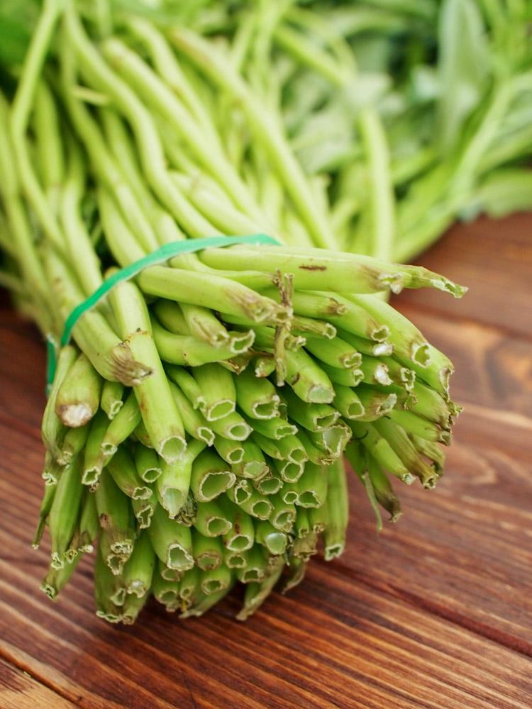 water-spinach-stems.jpg