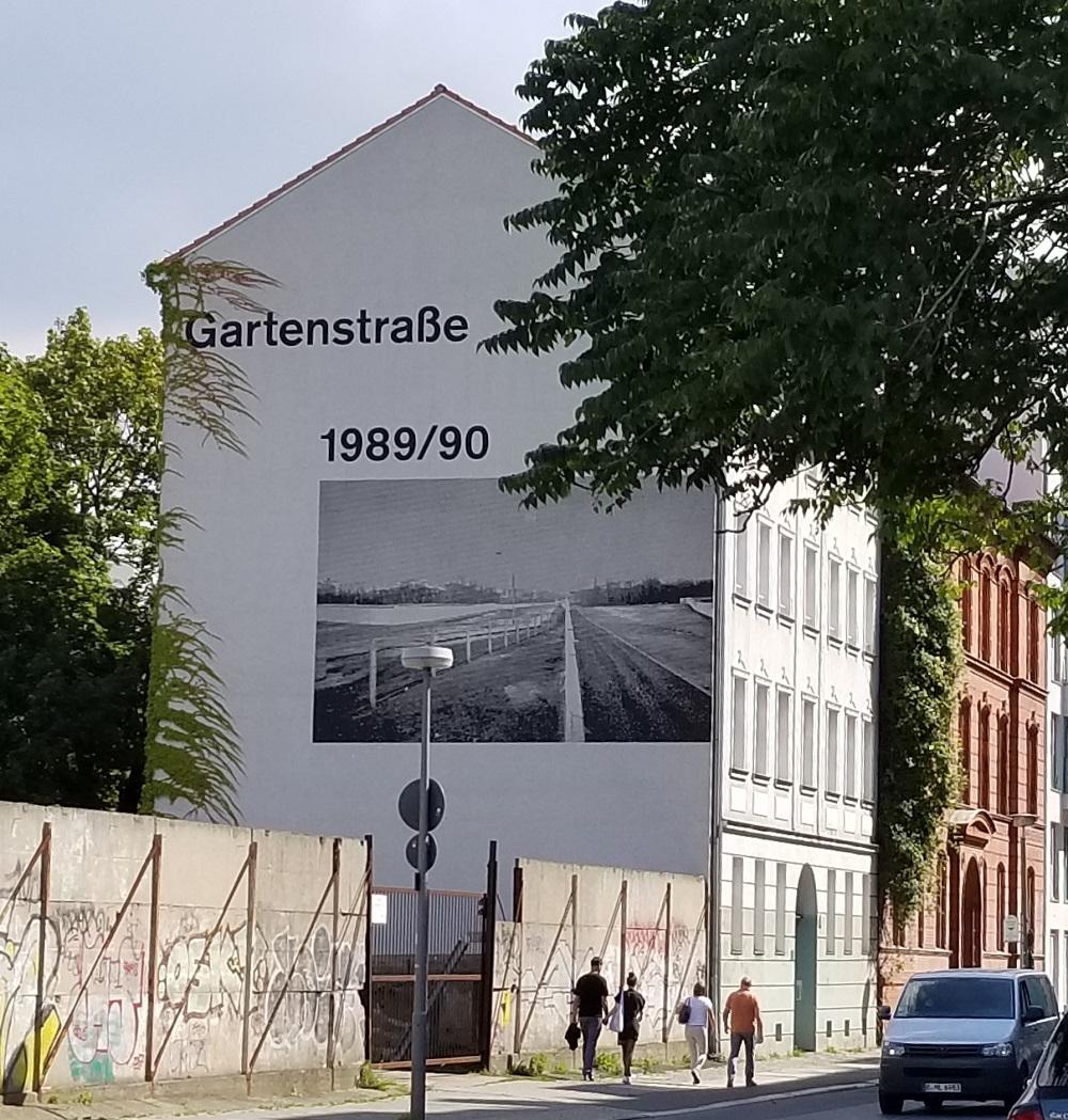 Berlin Wall Memory