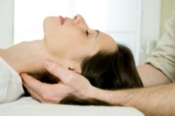 manual adjusting chiropractor noosa