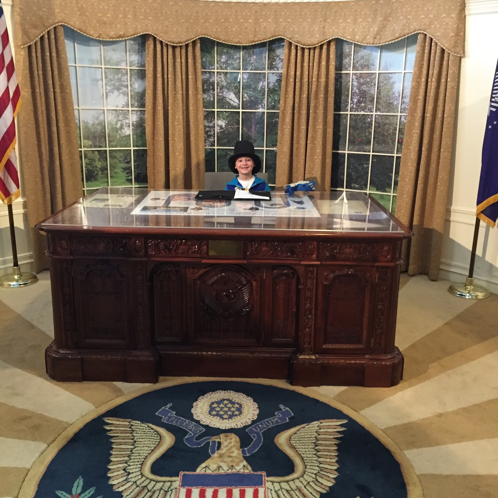 Playing President in the Oval Office