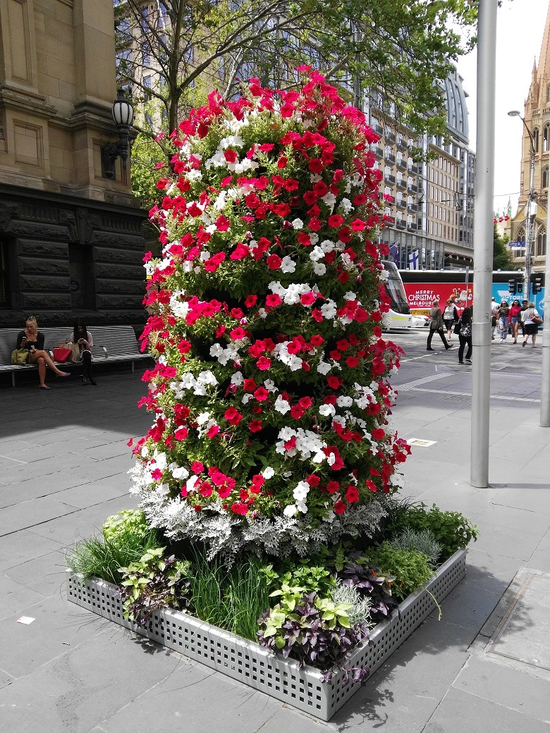Flowers and Food Towers at Melbourne Town Hall