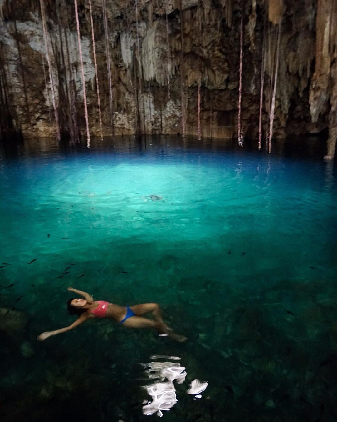 Mid-day dip into Cenote X'keken    #CrossBackCamiBra by @publicmyth #publicmyth    #DzitnupCenote #dzitnup #Xkeken #swim #mexico #QuintanaRoo #yoamomex #cancun #playadelcarmen #tequieromexico #cenotes #wondersoftheworld  #travel #wanderlust #aroundtheworld  #DiscoverMexico #nature #travelmexico  #visityucatan #yucatan #vivamexico #travelguideyuc #welltravelled #underwater #blue #caves #Valladolid #stalactites