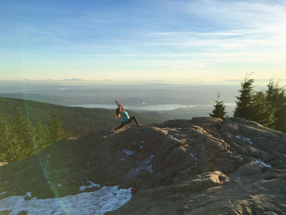 Howe Sound Views #seymourmountain  #RebelLeggings and #BambooRacerBack Top by @PublicMyth #publicmyth