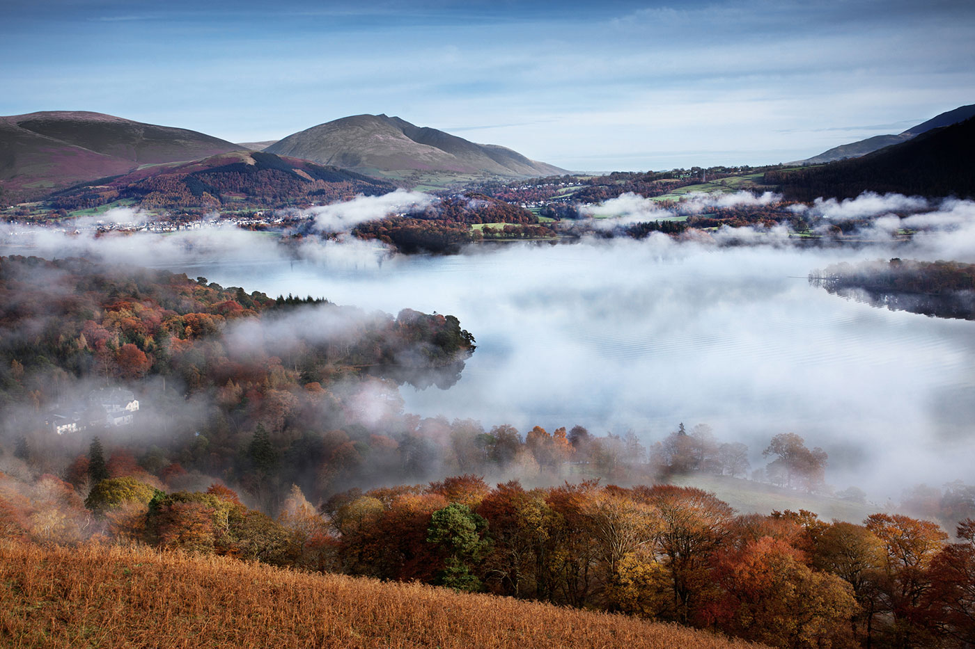 Autumnal-Mists-over-Keswick-and-Derwent-Water.jpg