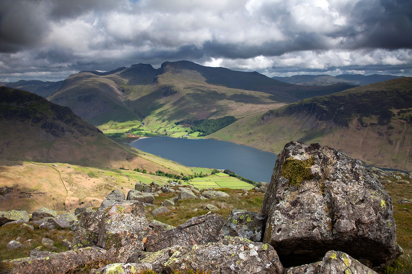 Scafell-and-the-Pike-from-Middle-Fell.jpg