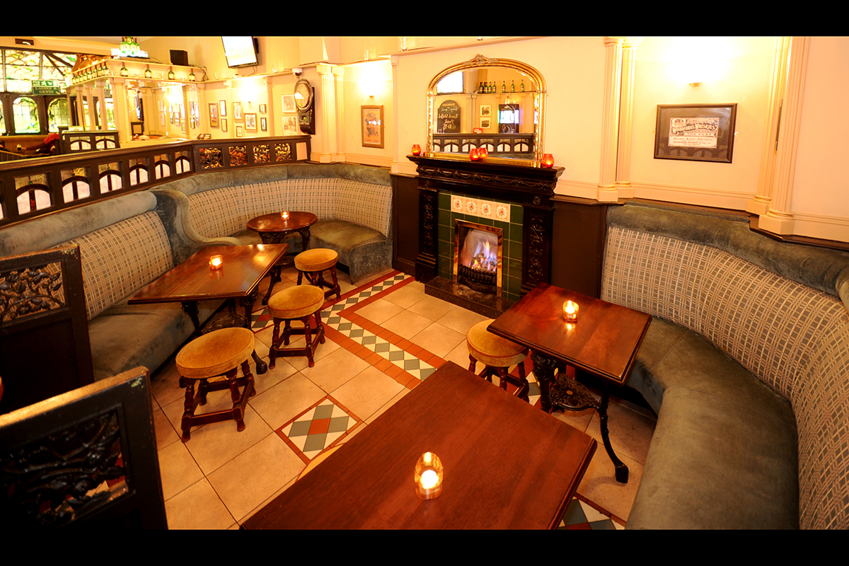 3 Madigans Middle Abbey Street (Interior Fire Lounge) ©2015 Mick Langan 003.jpg