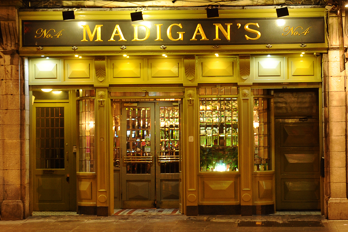 1 Madigans Middle Abbey Street (Exterior) ©2015 Mick Langan 001.jpg