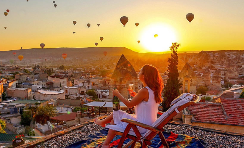Cave-hotels-in-Cappadocia-Turkey-9.jpg