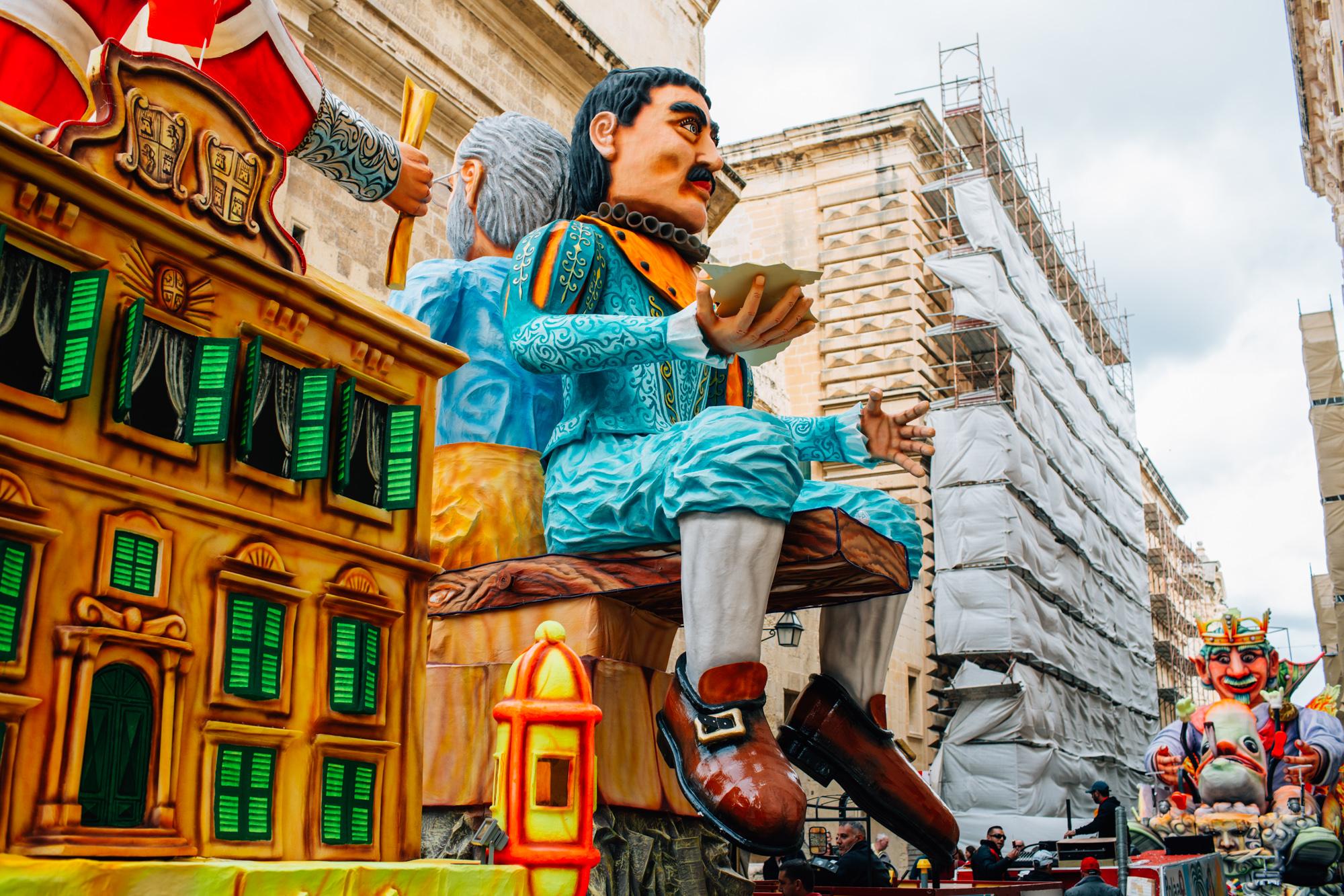 Carnival in the City LR-2438.jpg
