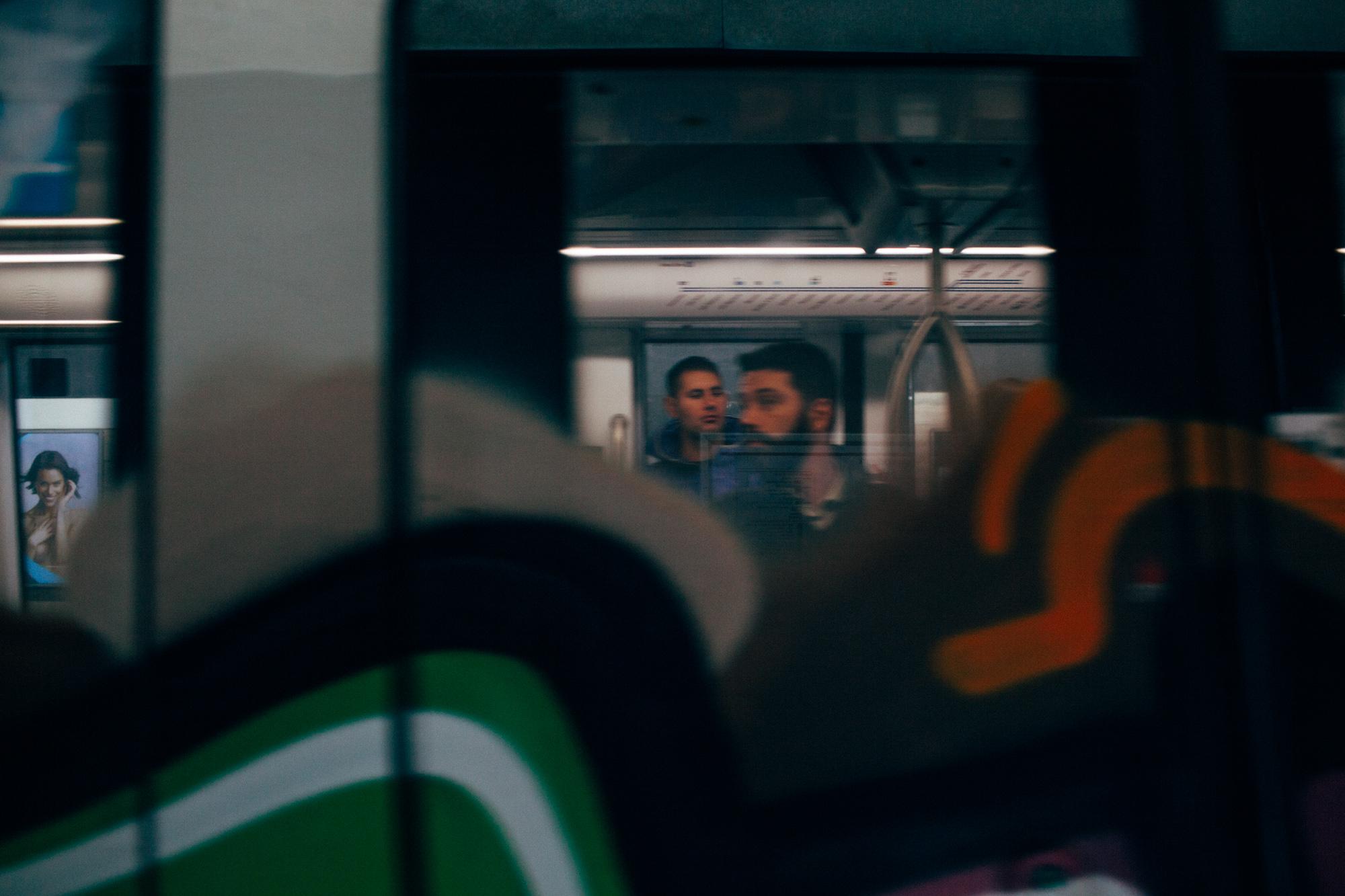 Roma Metro LR-6877.jpg
