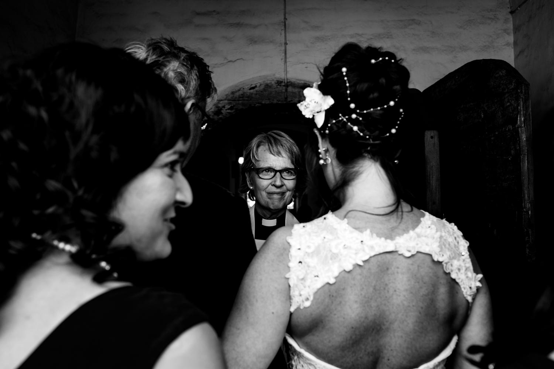 B&W weddings 017.jpg