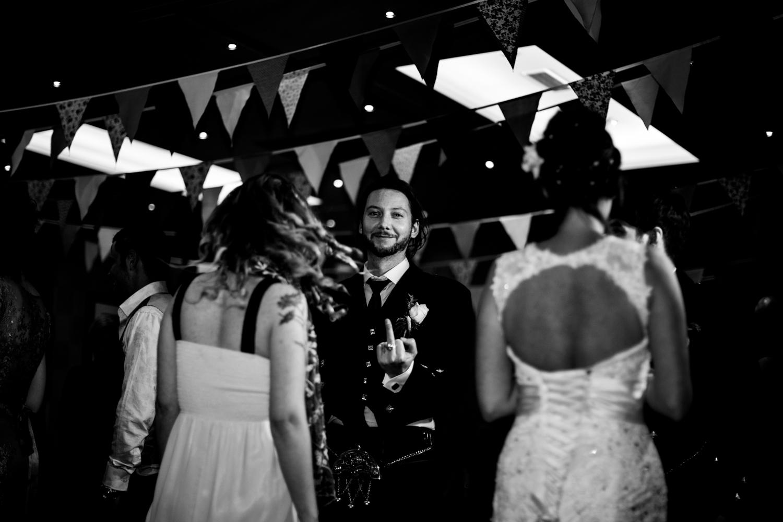 B&W weddings 024.jpg