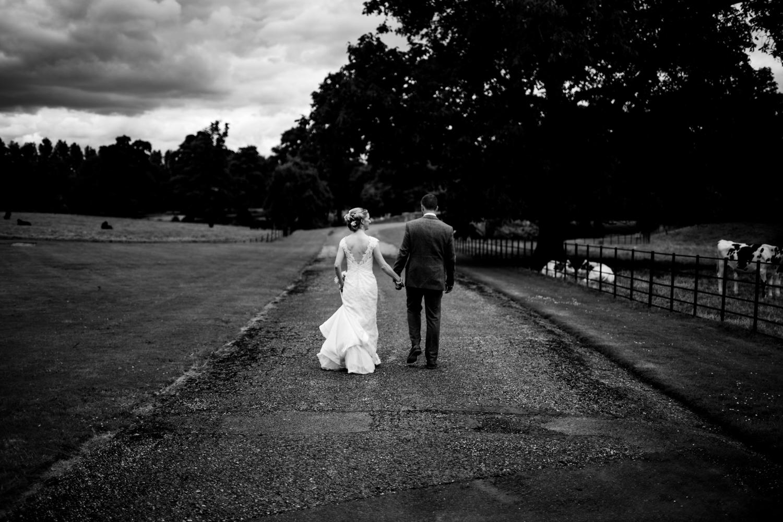 B&W weddings 050.jpg