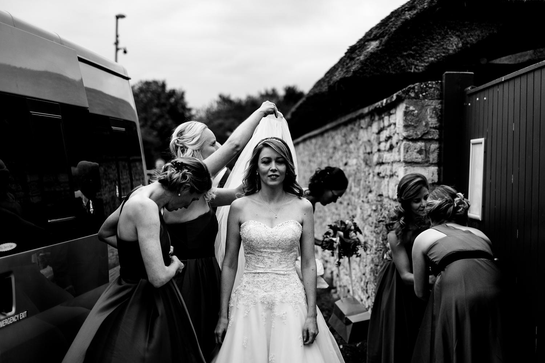 B&W weddings 065.jpg