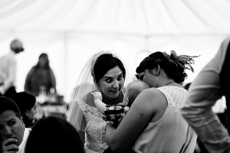 B&W weddings 099.jpg