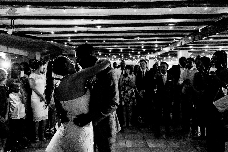 B&W weddings 143.jpg