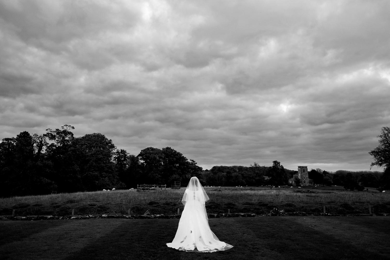 B&W weddings 157.jpg