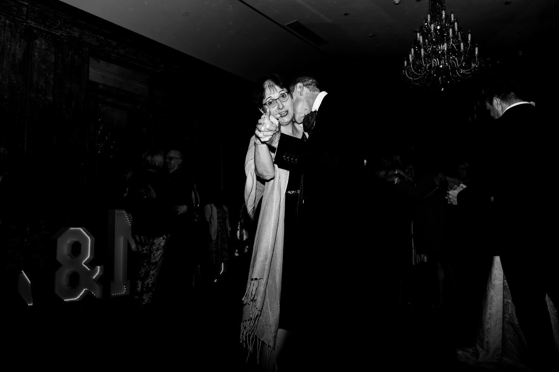 B&W weddings 160.jpg