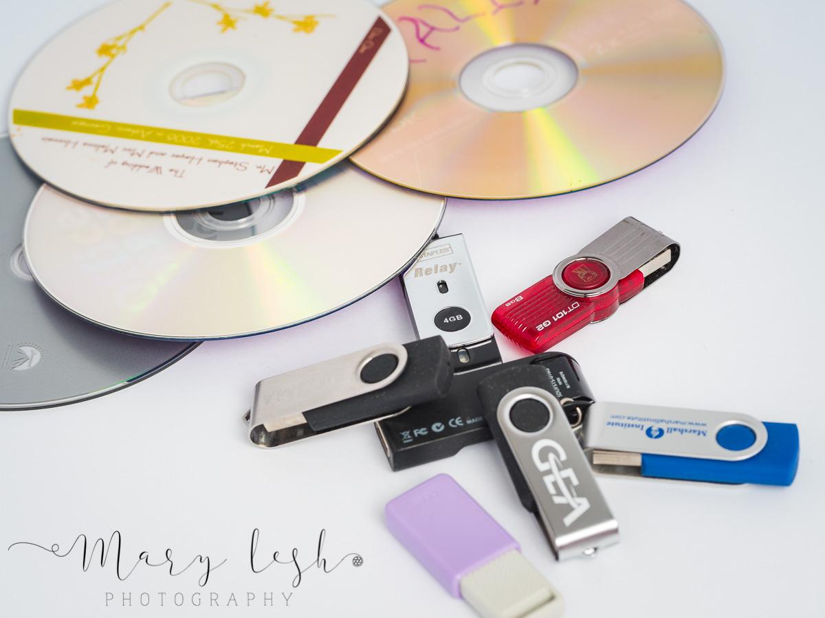 CD's & USB-260034.jpg