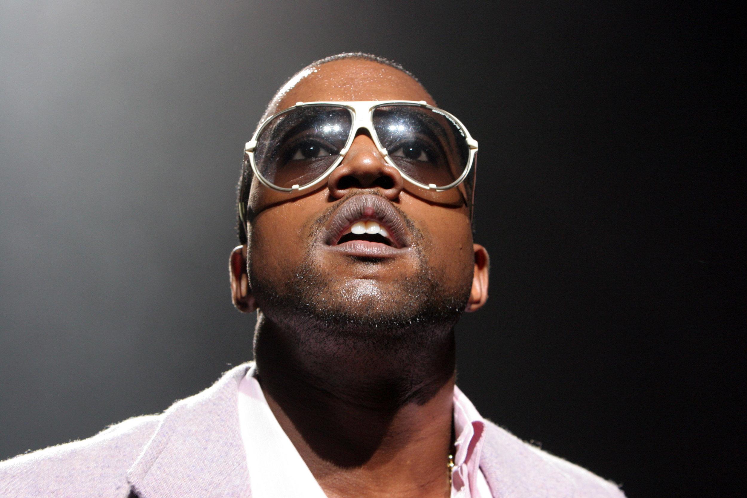 Kanye_102205_mouth_FC.jpg