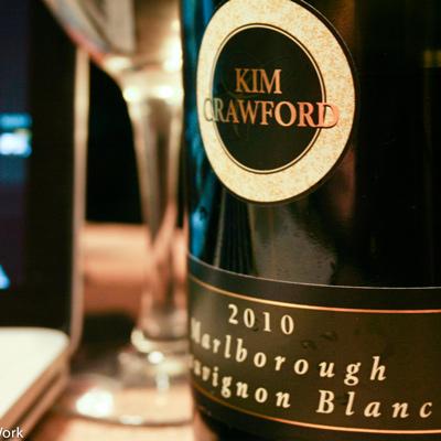 Designed social media identity for this New Zealand wine company.