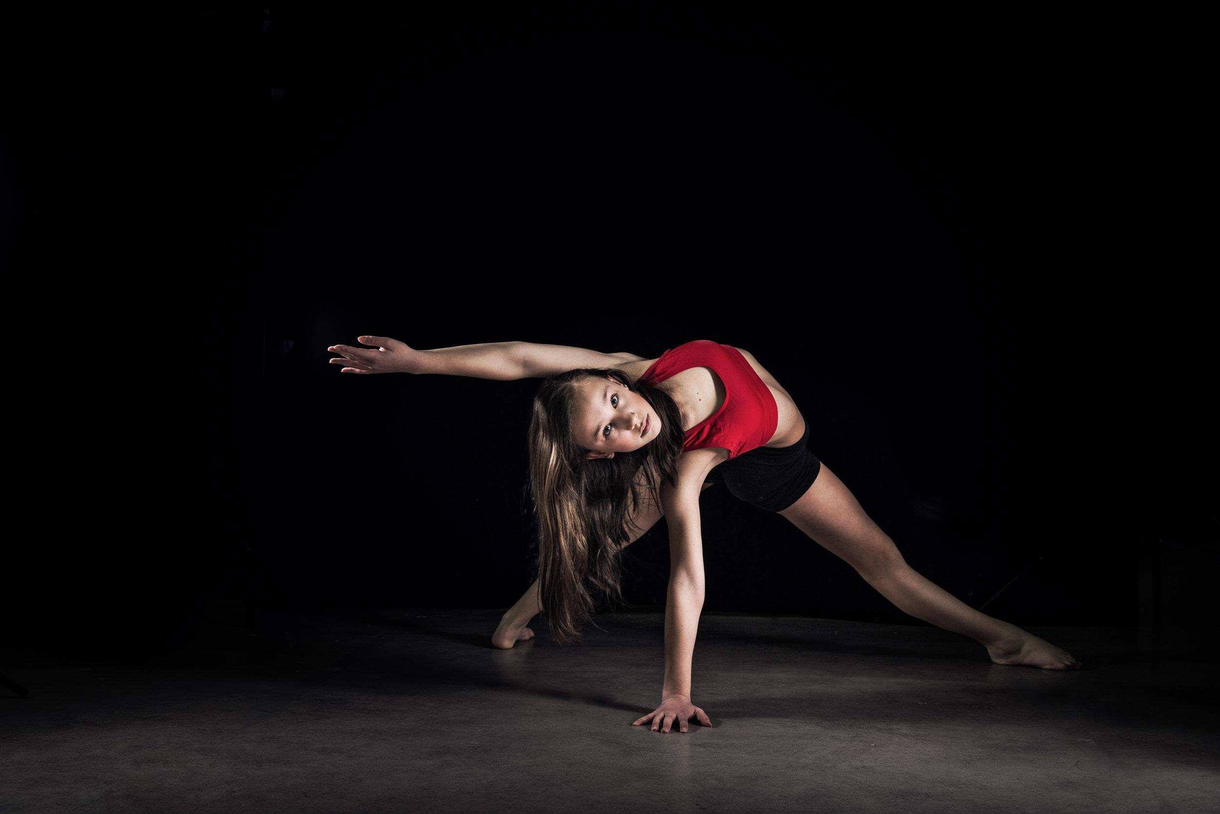 LR_Express_Dancer_Series-5.jpg