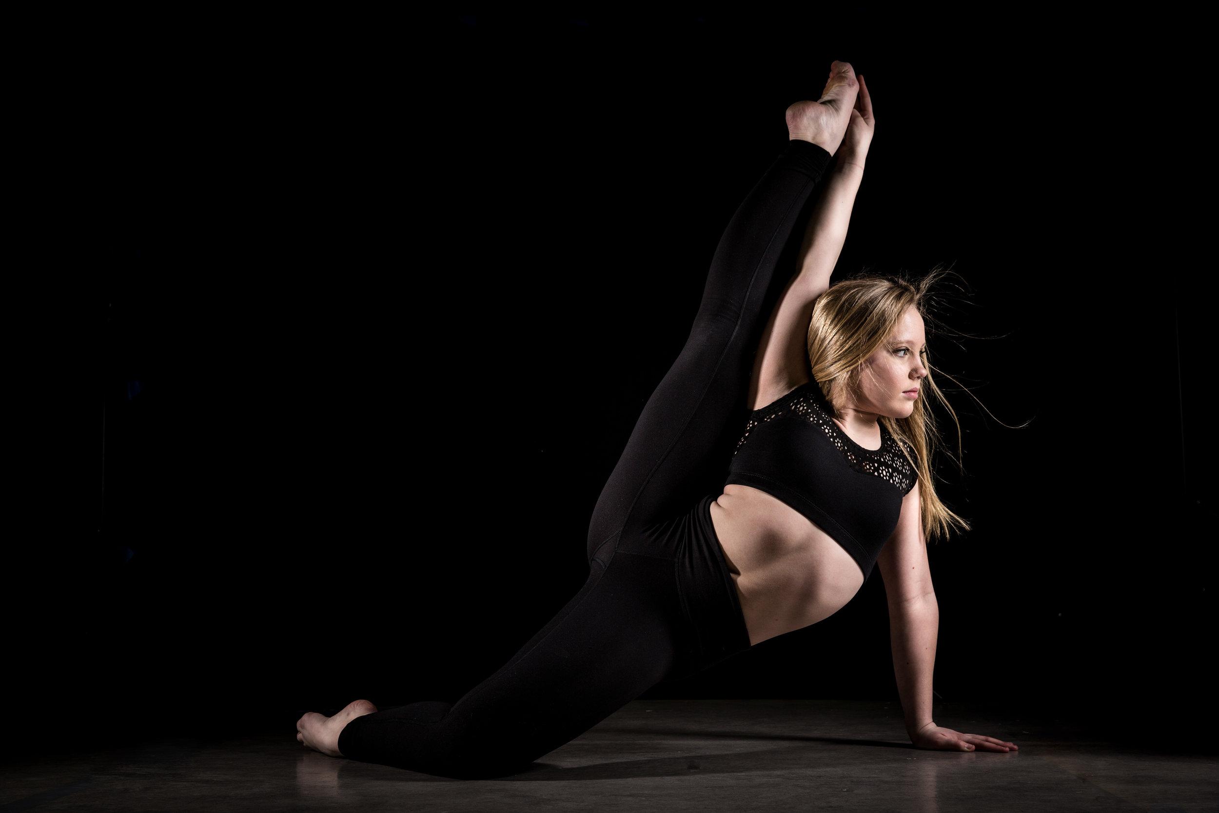 LR_Express_Dancer_Series-6.jpg