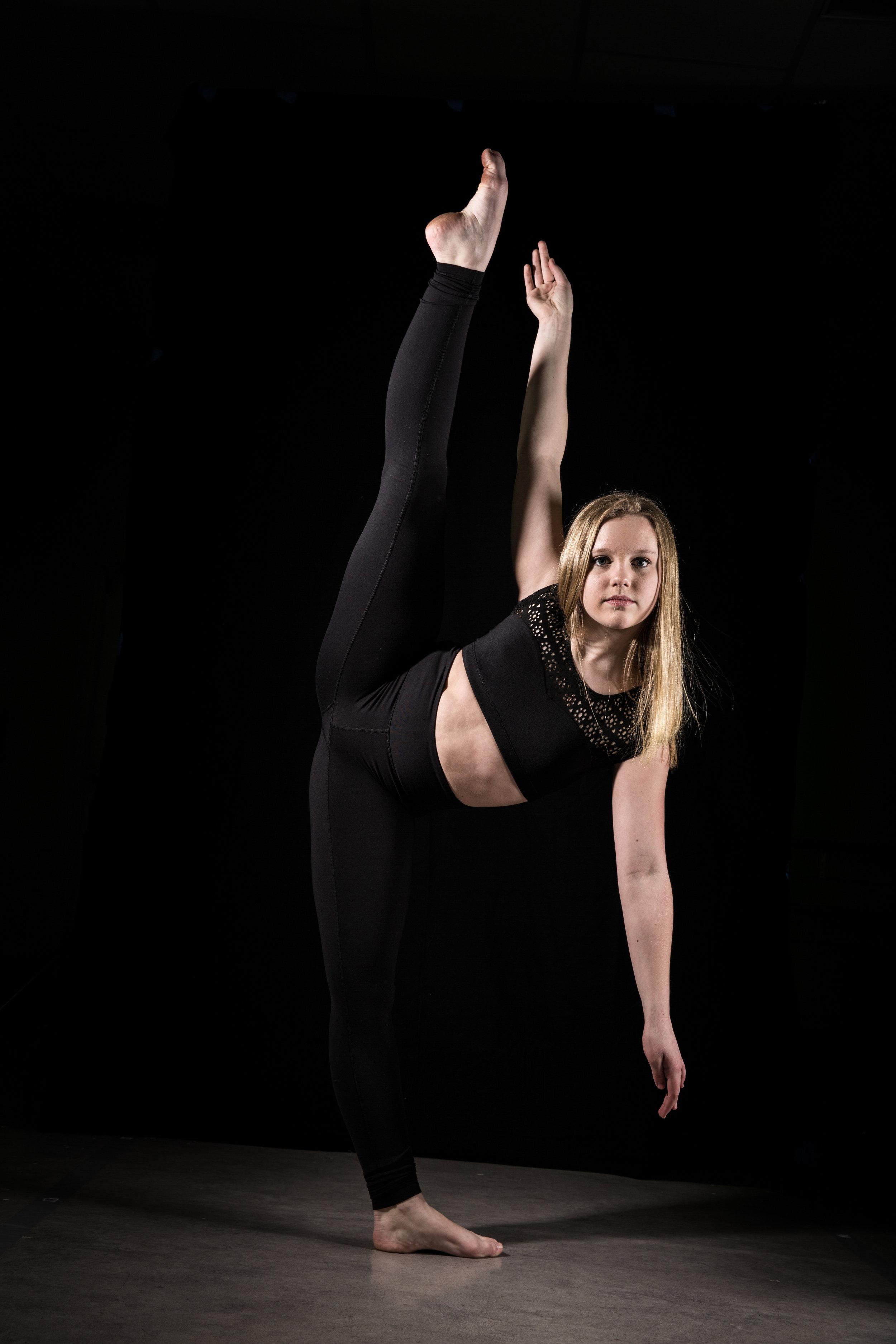 LR_Express_Dancer_Series-11.jpg