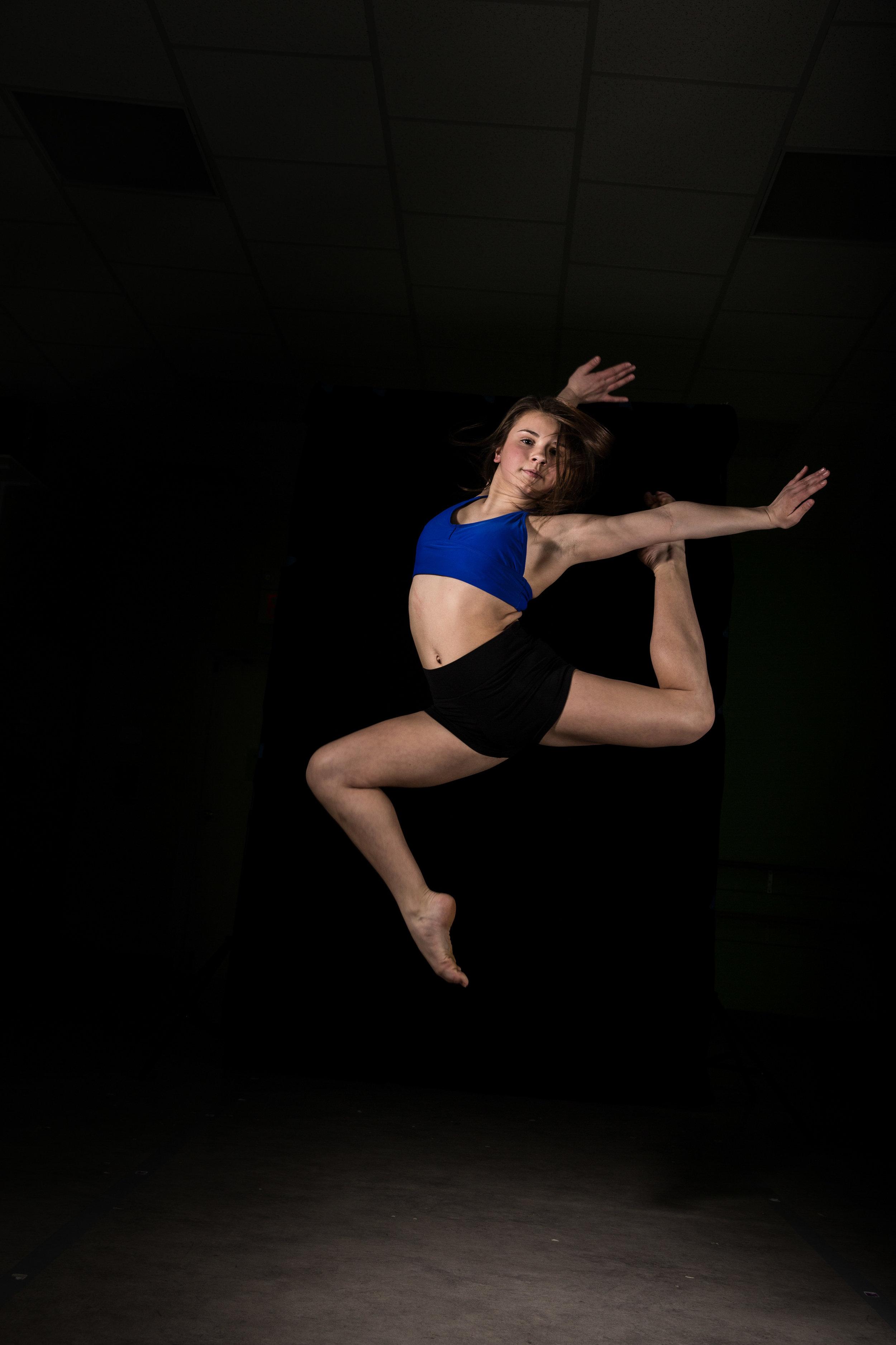 LR_Express_Dancer_Series-22.jpg