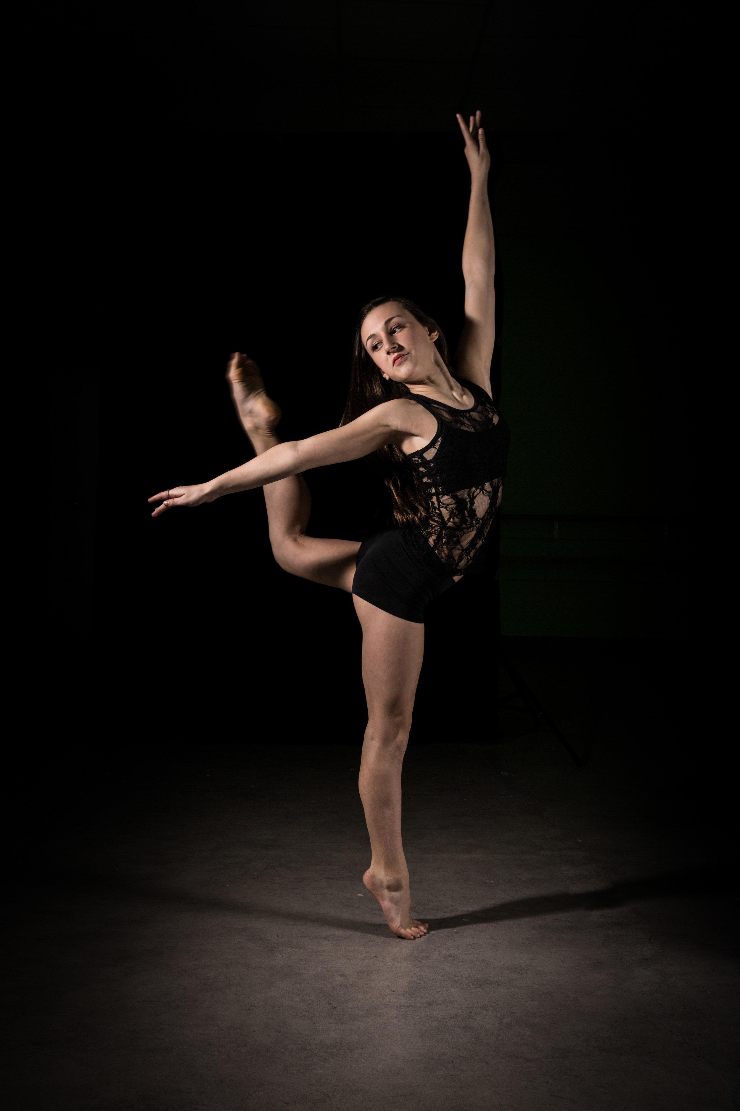 LR_Express_Dancer_Series-32.jpg