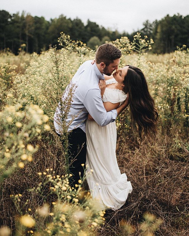 This is what love looks like 💛 sharing this magical engagement on the blog today! . . . . . #vsco #vscocam #vscogood #thatsdarling #portraits #livelittlethings #socality #pursuepretty #momentslikethese #photography #tellon #engagement #instagood #photooftheday #folk #livefolk #igersatl #liveauthentic #kinfolk #creativeliving #stilllife #postitfortheaesthetic #vscophile #visualscollection #artofvisuals #exploretocreate #peoplescreative #weddingphotography #wedding #noogagram