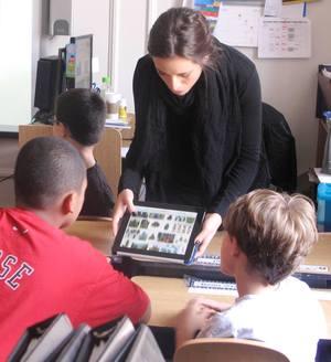 Teacher+with+ipad.jpg