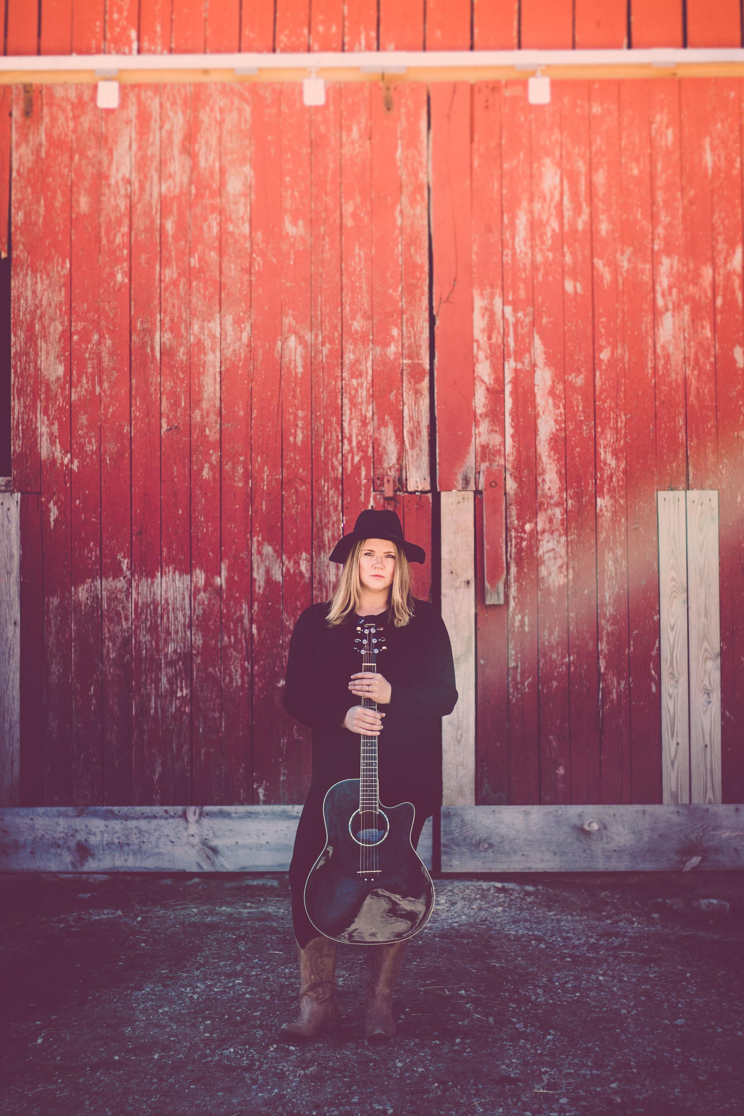 Kari Arnett (Credit Jessica Yngsdal).jpg