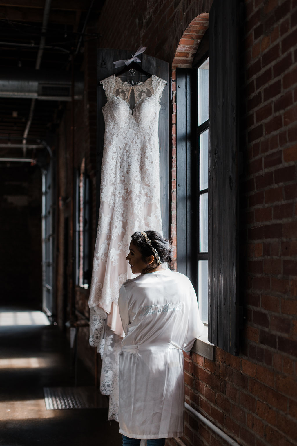 Industry-Indianapolis-Indiana-Wedding-Getting-Ready.jpg