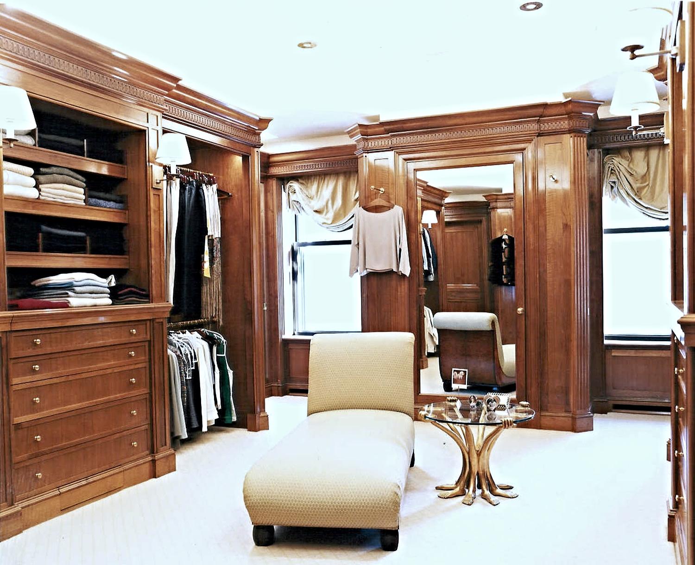 Dressing Room 2.tif.jpg