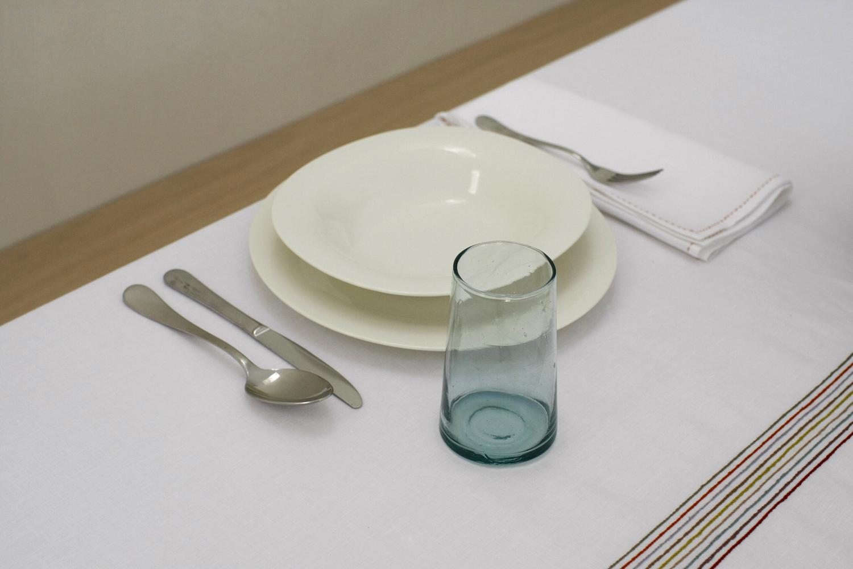 table_linen_Lalla_red_big21_.jpg