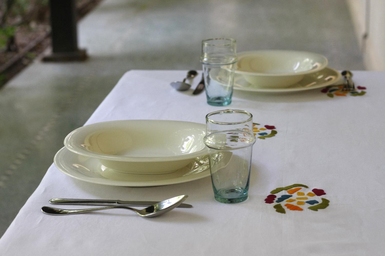 table_linen_flower_power_blanc13.jpg