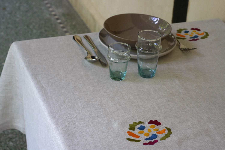 table_linen_flower_power_nature11.jpg