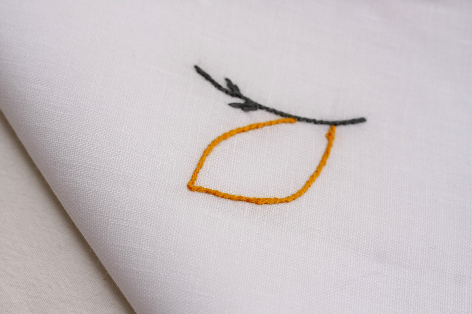 table_linen_Andrea_blanc43.jpg