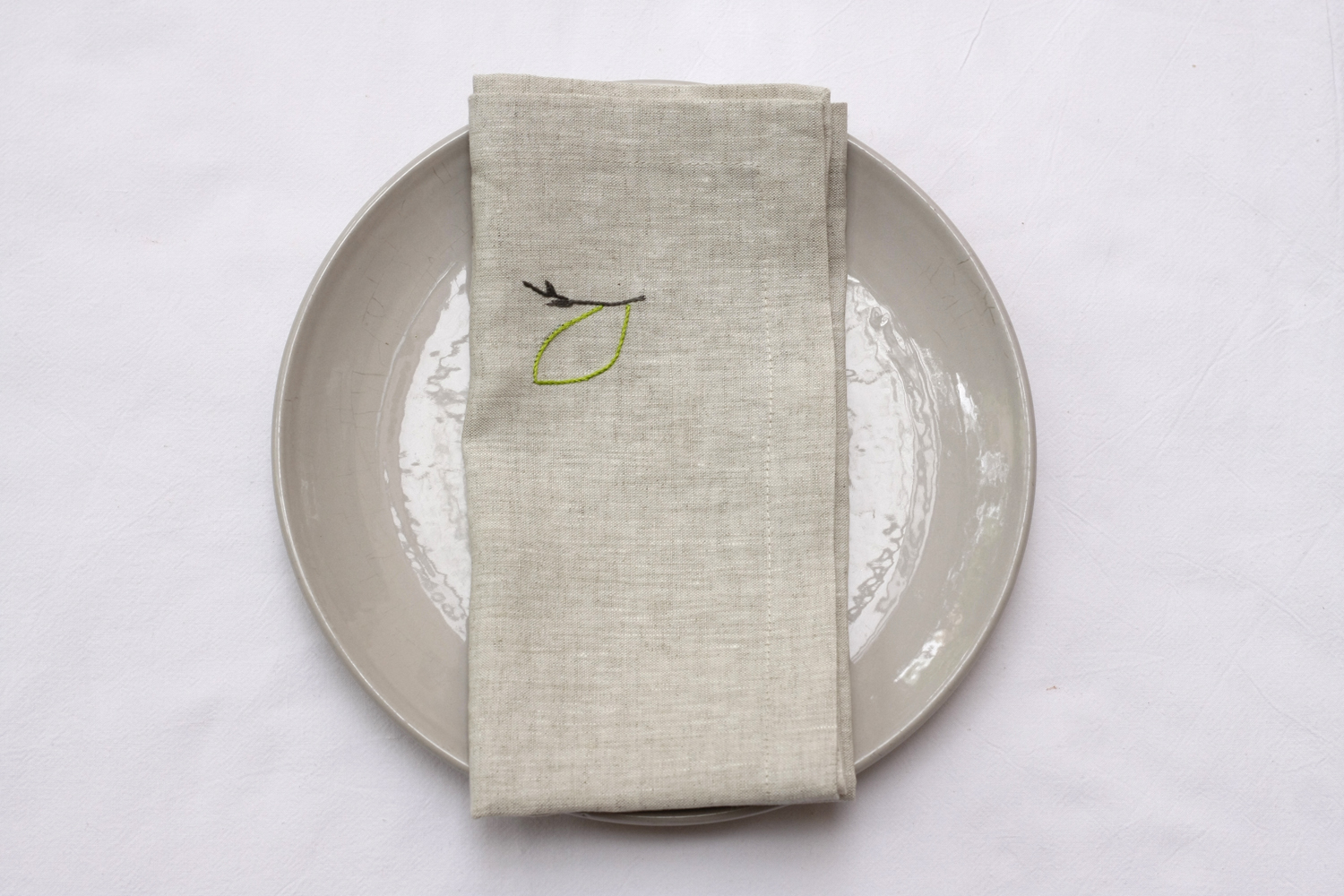 table_linen_Andrea_nature60.jpg
