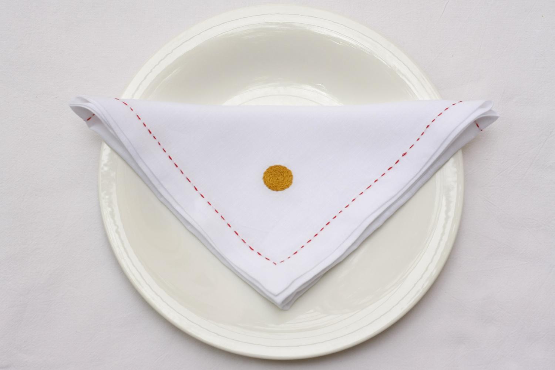 table_linen_polka_blanc40.jpg