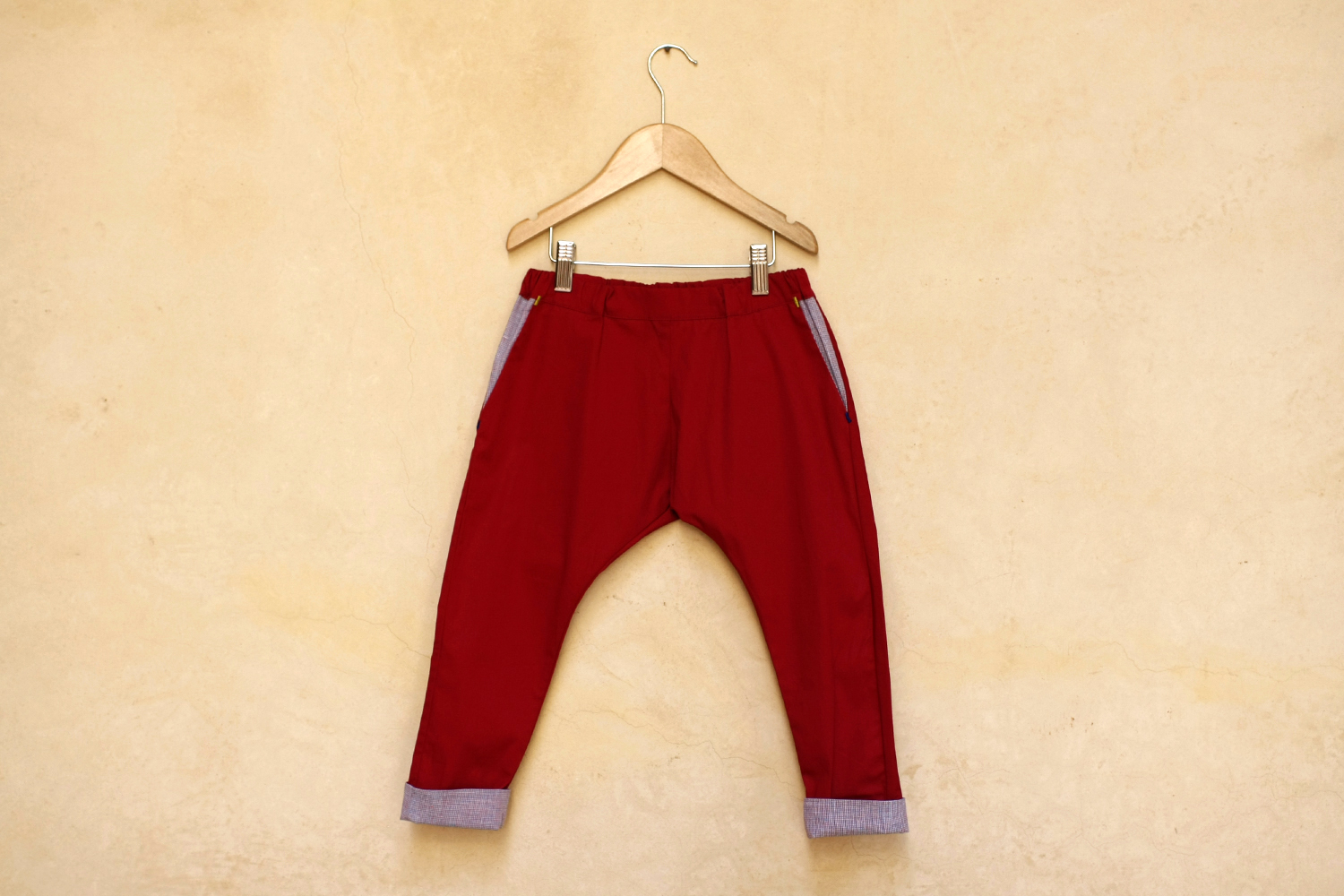Boy_Pantalon_Maxi_rouge1.jpg