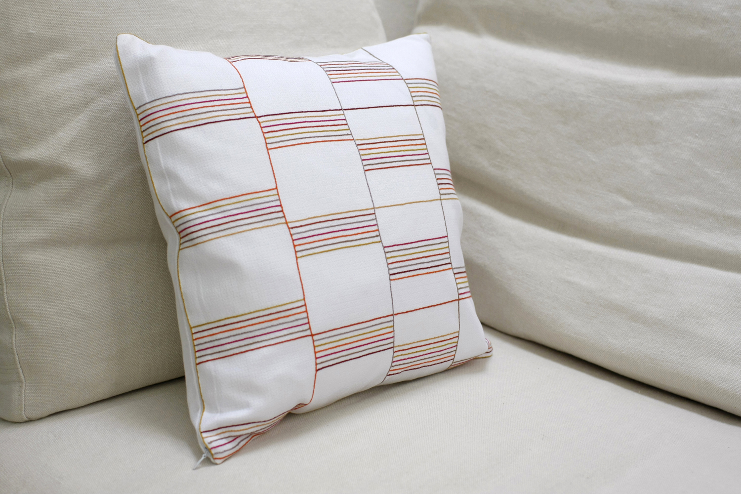 Safi_new_Cushion6_.jpg